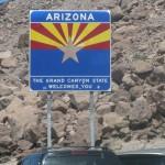 El Río Colorado divide Nevada de Arizona.