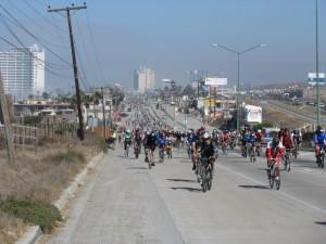 Miles de ciclistas